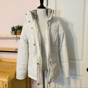 ❄️ Sporty Winter White Puffer Coat Size Small